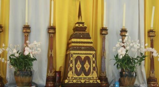 At Assumption Church in Phuket, Thailand: the tabernacle looks like a chedi (เจดีย์, stupa)