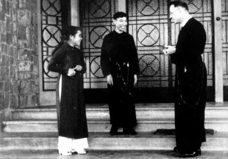 Van, his sister, and their spiritual director
